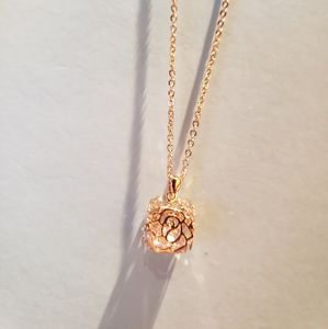 Jewelry - 18k gold-plated necklace